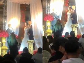 Ngay lúc tuyên thệ trong hôn lễ, chú rể lỡ mồm đọc tên người yêu cũ