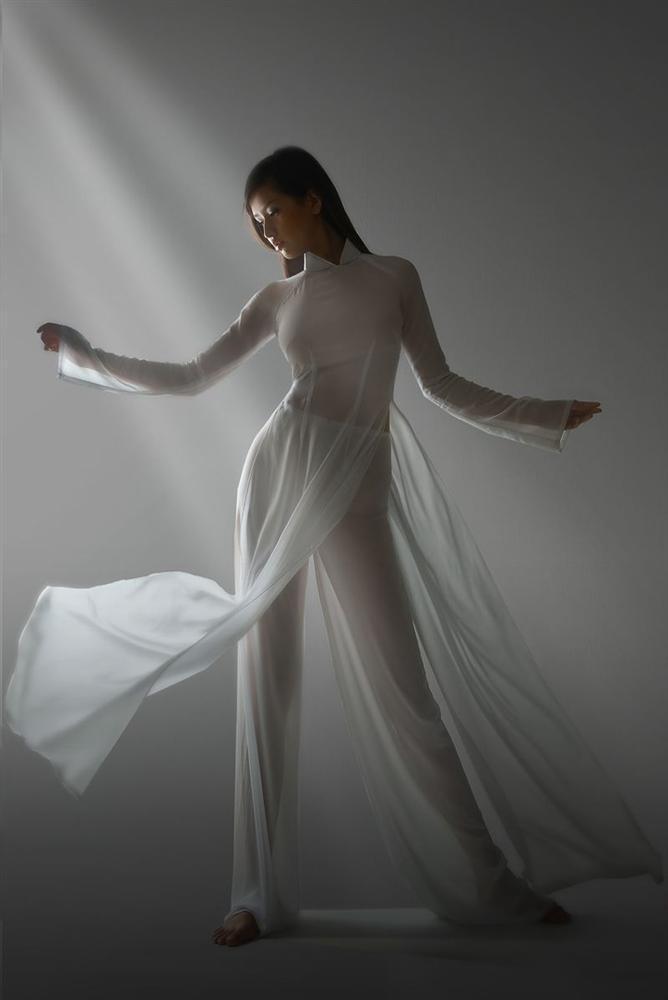Nhắc lại scandal mặc áo dài ngả ngốn phản cảm, Mai Phương Thúy ngậm ngùi: Tôi vẫn còn nợ lời cảm ơn...-4