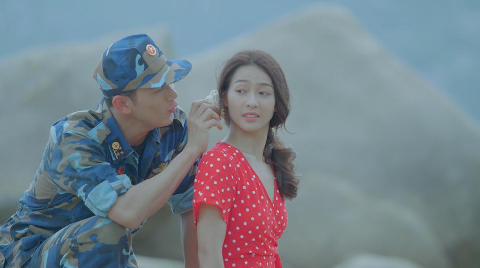 Khả Ngân và Song Luân tình tứ trong Teaser MV nhạc phim Hậu duệ mặt trời-4