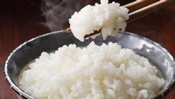 Bỏ thêm 2 món này vào nồi khi nấu cơm, bạn sẽ bất ngờ bởi hương vị thơm mềm khác lạ