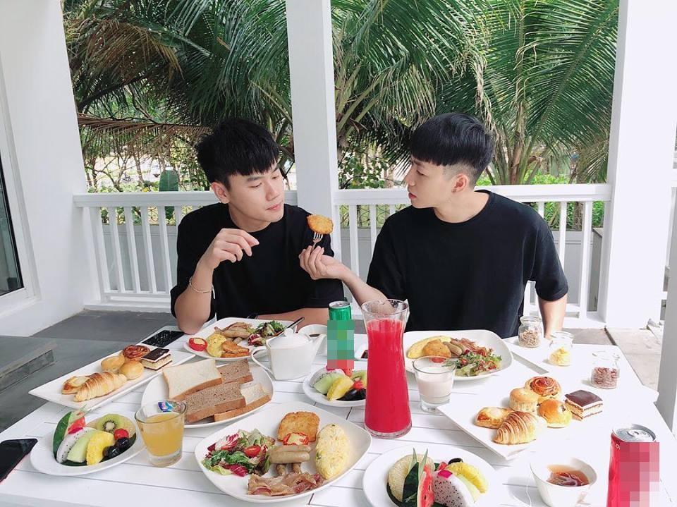 Hot boy Minh Châu tiết lộ bí mật phía sau bản mashup loạt hit của Shayne Ward-2