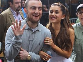 Ariana Grande xin lỗi và cầu mong bạn trai cũ Mac Miller an nghỉ