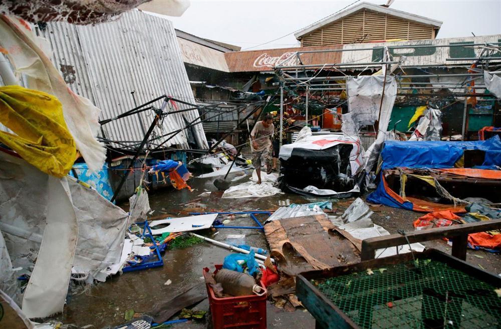 Miền Bắc Philippines tan hoang sau siêu bão Mangkhut, 14 người chết-3