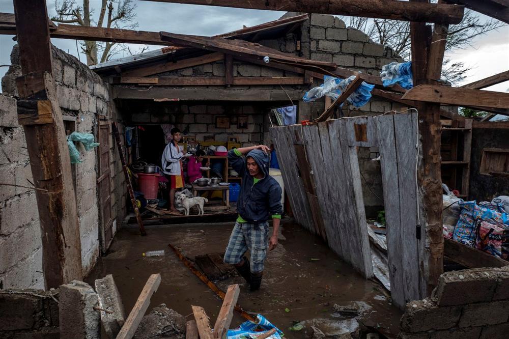 Miền Bắc Philippines tan hoang sau siêu bão Mangkhut, 14 người chết-6
