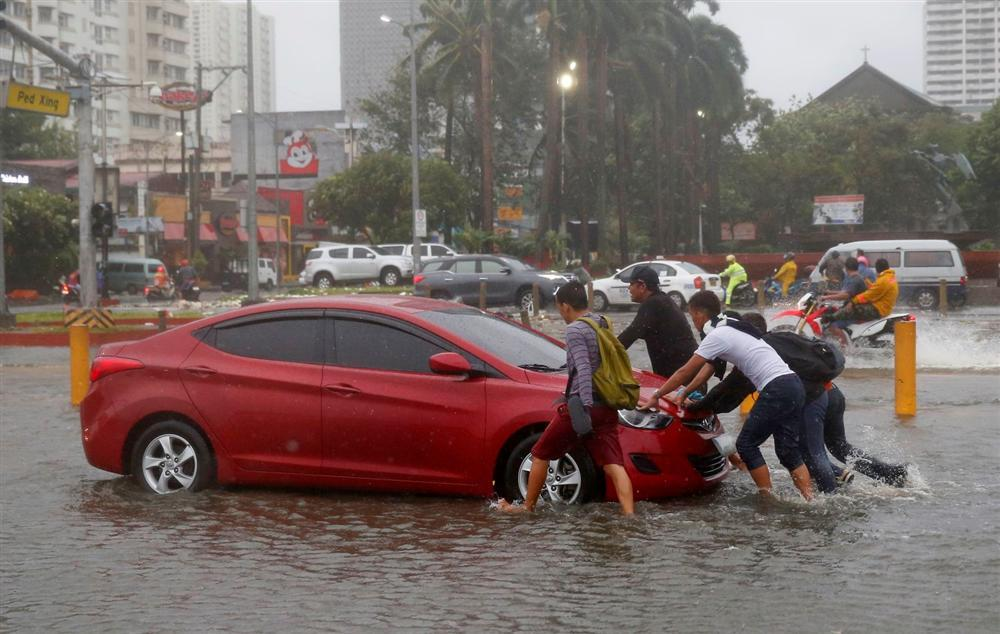Miền Bắc Philippines tan hoang sau siêu bão Mangkhut, 14 người chết-12