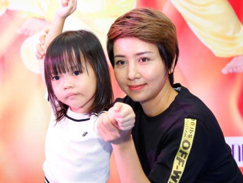 Con gái Thuý Hiền Wushu ghét nhất tính nói nhiều của bố Tú Dưa-5