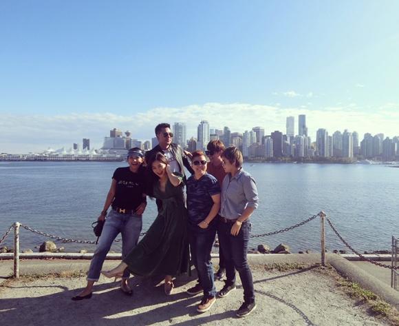 Theo chân Ưng Đại Vệ và Hương Tràm khám phá thành phố Vancouver - Canada-7
