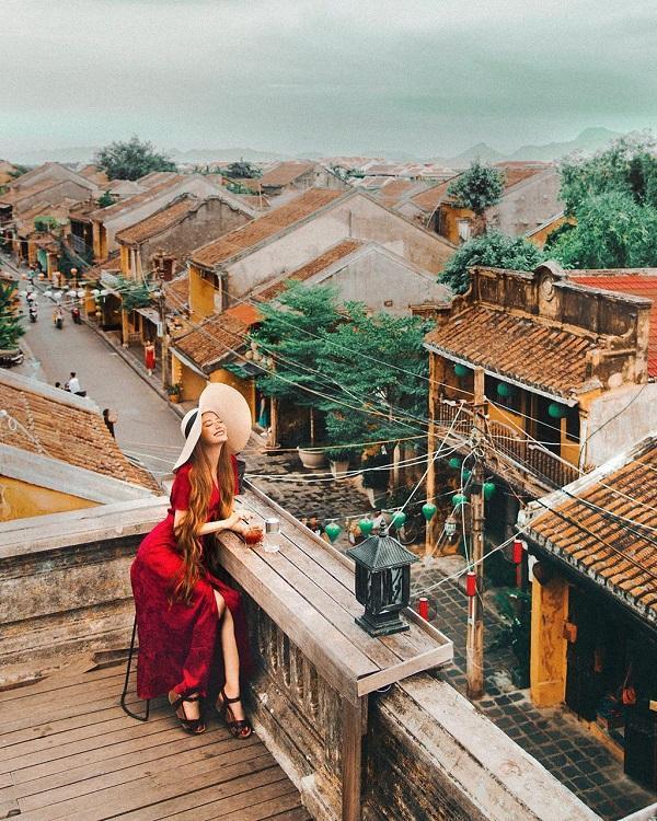 Không thể rời mắt khỏi loạt ảnh check-in tuyệt đẹp của hot girl tóc mây tại Việt Nam-2