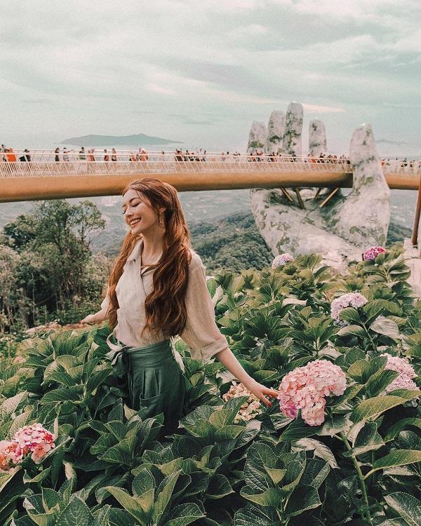 Không thể rời mắt khỏi loạt ảnh check-in tuyệt đẹp của hot girl tóc mây tại Việt Nam-4