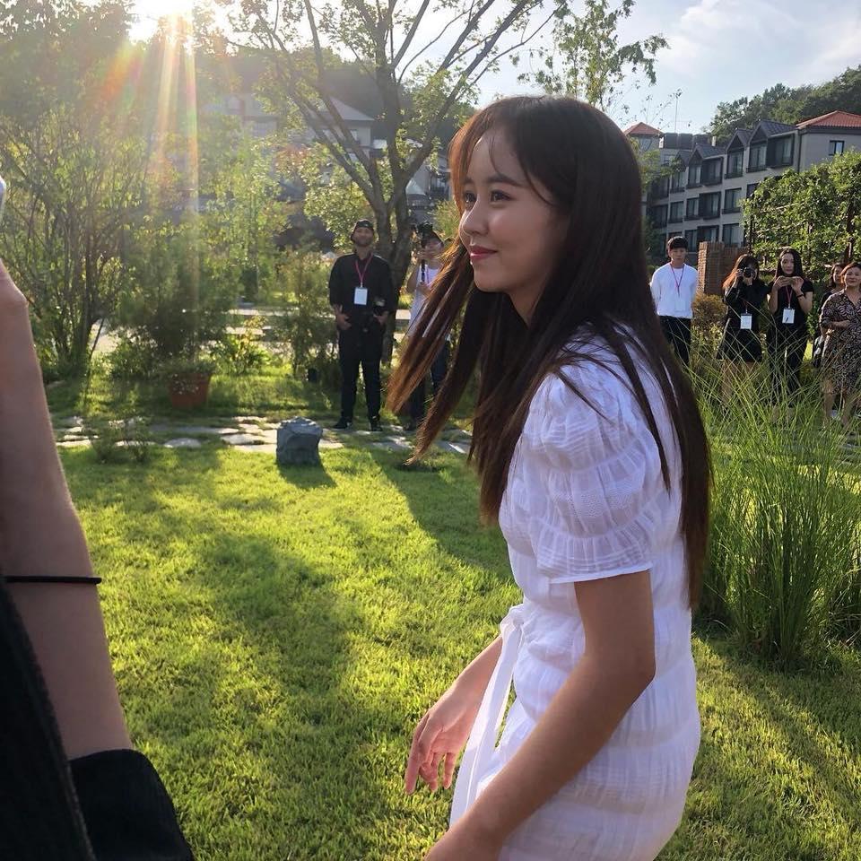 Sao nhí Kim So Hyun vẫn xinh xuất sắc qua camera thường-1