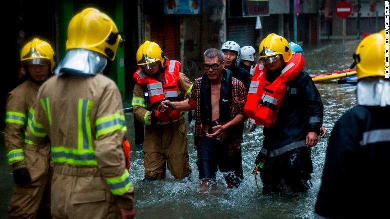 Thiên đường cờ bạc Macau biến thành sông vì bão Mangkhut-3