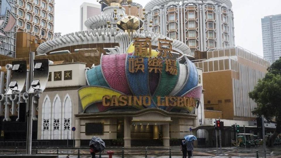 Thiên đường cờ bạc Macau biến thành sông vì bão Mangkhut-4