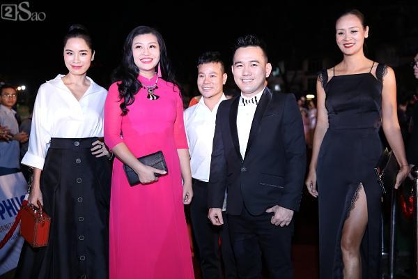 Hoa hậu Việt Nam 2018: Nam Em đẫy đà như mệnh phu nhân giữa dàn Hoa hậu, Á hậu lộng lẫy-12