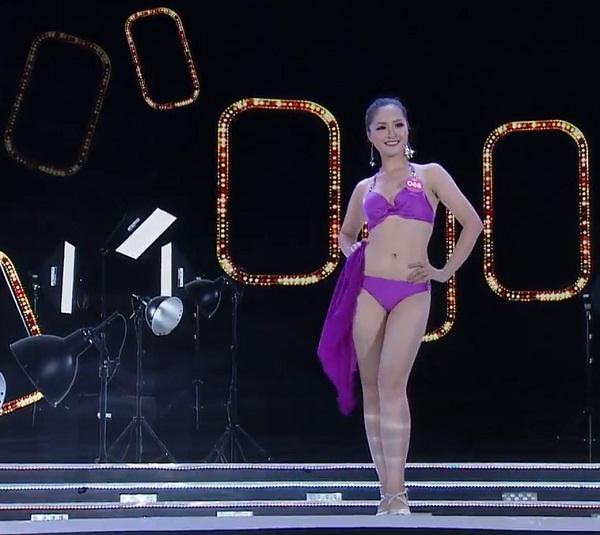 Top 25 thí sinh xuất sắc nhất tranh tài qua phần Trình diễn Bikini-3