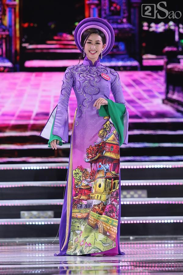 43 thí sinh đêm chung kết khoe nhan sắc hút hồn khi Trình diễn Áo dài-5