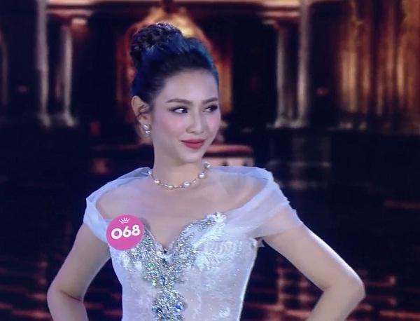 15 thí sinh xuất sắc nhất đẹp dịu dàng trình diễn trang phục dạ hội-2