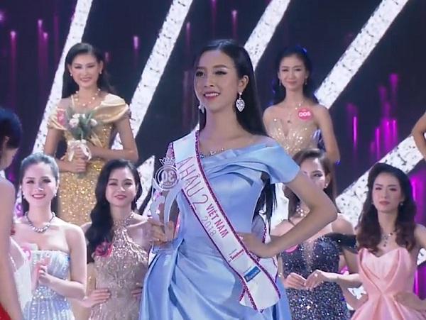 Trần Tiểu Vy đăng quang Hoa hậu Việt Nam 2018-1