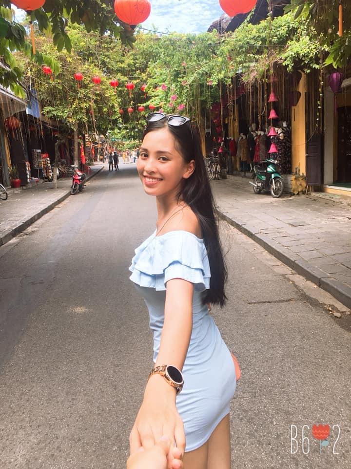 Cận cảnh nhan sắc mặt mộc nhìn là yêu của Tân hoa hậu Việt Nam 2018 - Trần Tiểu Vy - ảnh 12