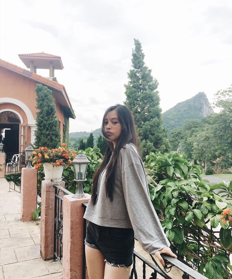 Cận cảnh nhan sắc mặt mộc nhìn là yêu của Tân hoa hậu Việt Nam 2018 - Trần Tiểu Vy - ảnh 10
