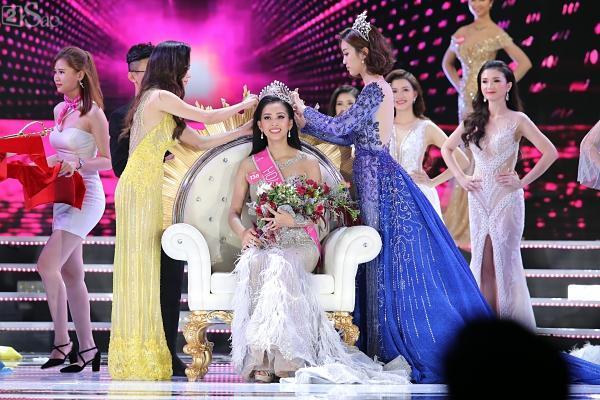 Trần Tiểu Vy đăng quang Hoa hậu Việt Nam 2018-4