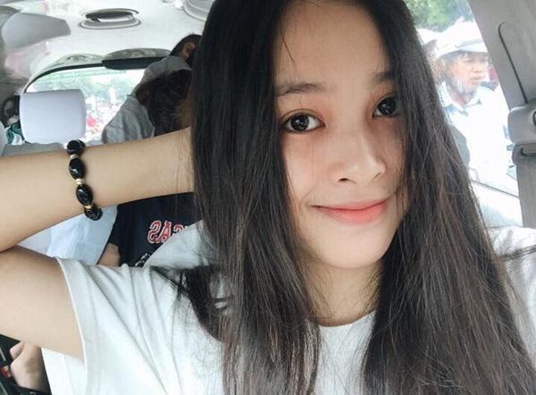 Mới 18 tuổi nhưng tân Hoa hậu Việt Nam - Trần Tiểu Vy đã sở hữu nhan sắc không phải dạng vừa-10