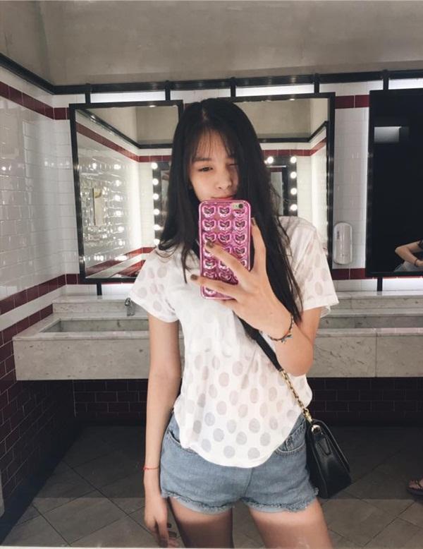 Mới 18 tuổi nhưng tân Hoa hậu Việt Nam - Trần Tiểu Vy đã sở hữu nhan sắc không phải dạng vừa-14