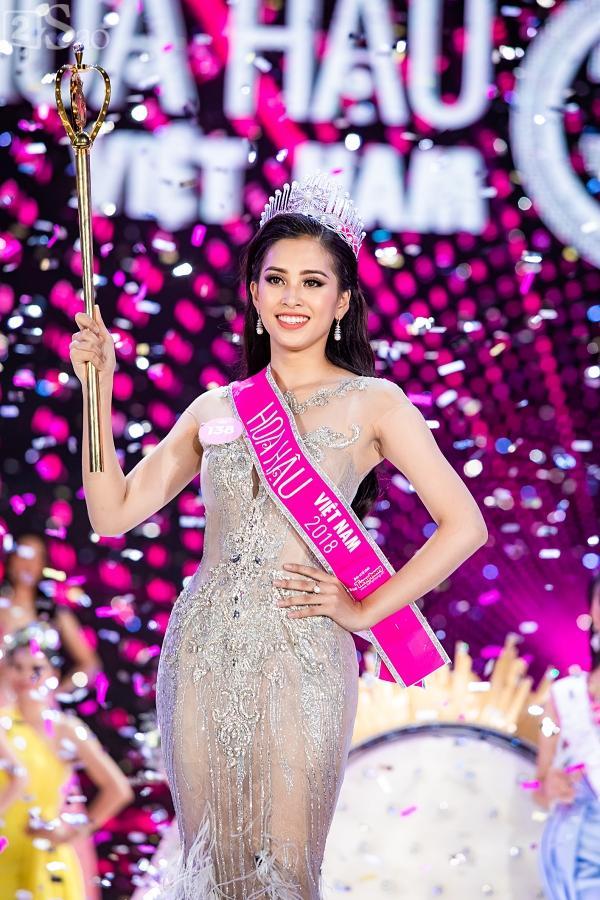 Tân Hoa hậu Việt Nam 2018 Trần Tiểu Vy gây thất vọng với khả năng đối thoại trước đám đông-3