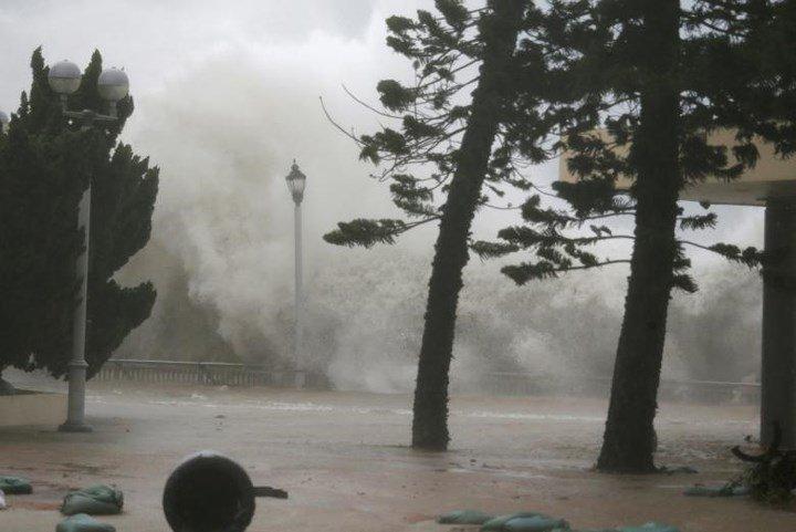 Thế giới 24h: Siêu bão Mangkhut tàn phá nam Trung Quốc-1