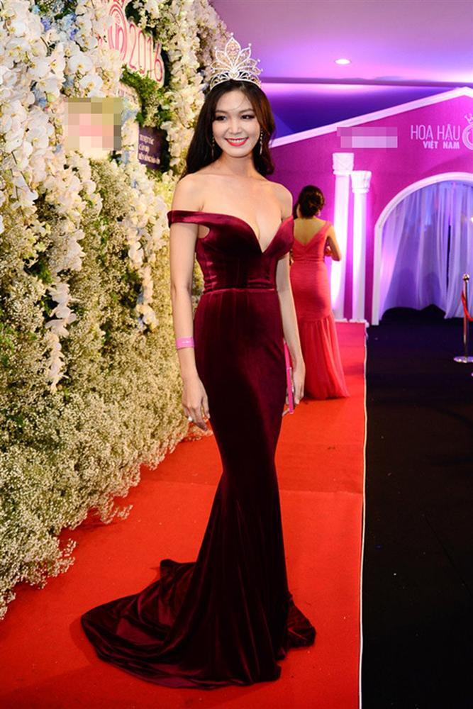 Trước Trần Tiểu Vy, nhiều Hoa hậu Việt Nam cũng từng khổ sở vì bị khui kết quả học tập-11