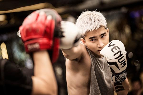 Mike Angelo tấn công Vpop tổ chức fanmeeting, Chi Dân khoe cơ bắp, Lưu Hiền Trinh tách nhóm solo-5