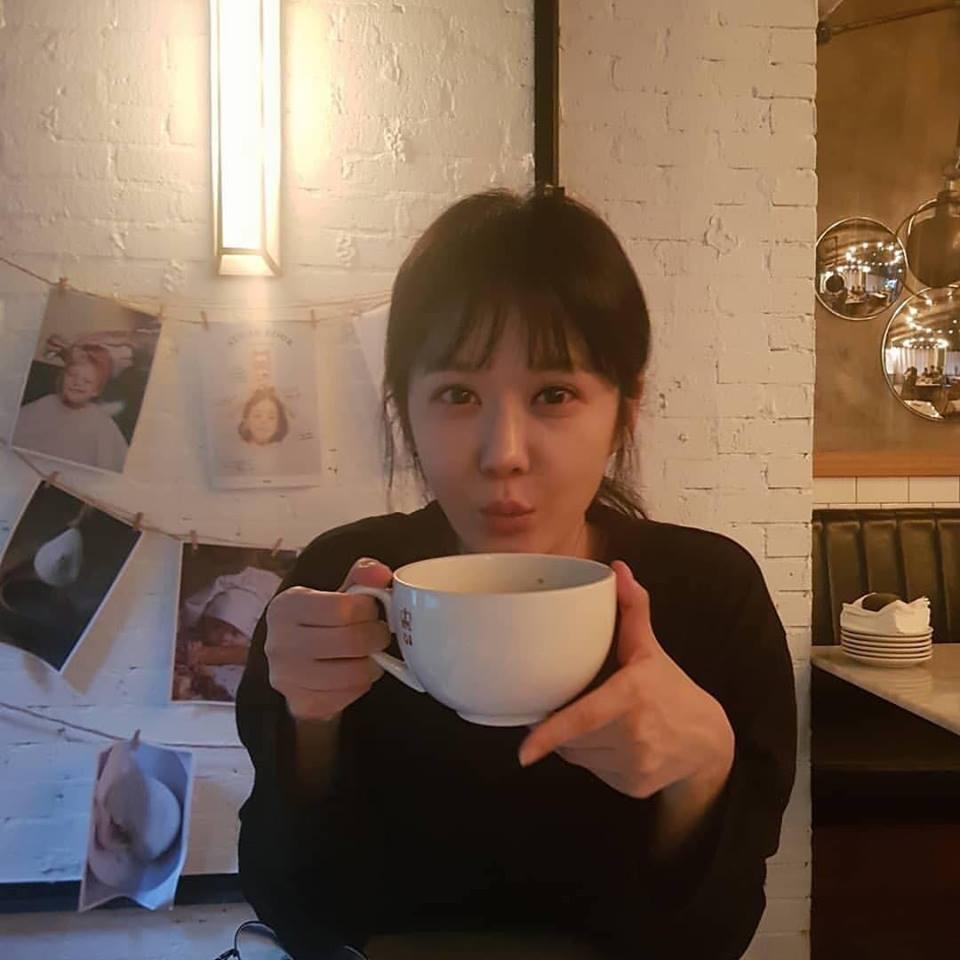 Mỹ nhân không tuổi Jang Na Ra gây ấn tượng với vẻ ngoài trẻ đẹp dù đã 37 cái xuân xanh-1