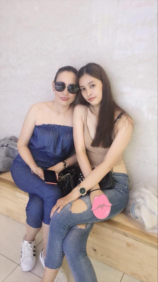 Không chỉ thừa hưởng về nhan sắc, Hoa hậu Trần Tiểu Vy và mẹ ruột còn rất hợp cạ về thời trang-8