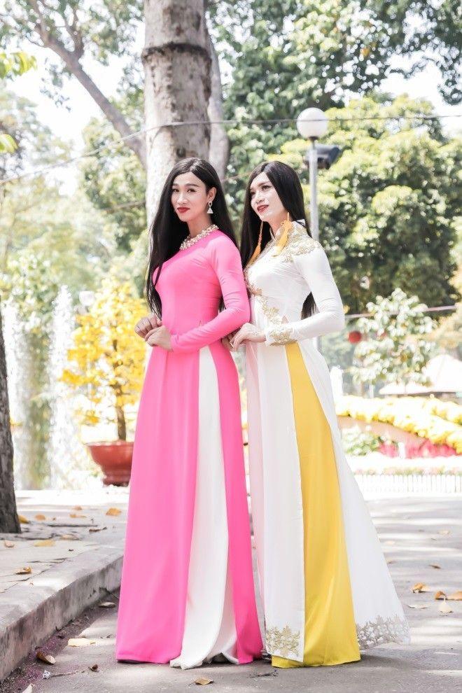 Sao nam Việt mặc áo dài: BB Trần khiến phái đẹp chào thua, nhìn sang Trấn Thành chị em lại khóc thét-4