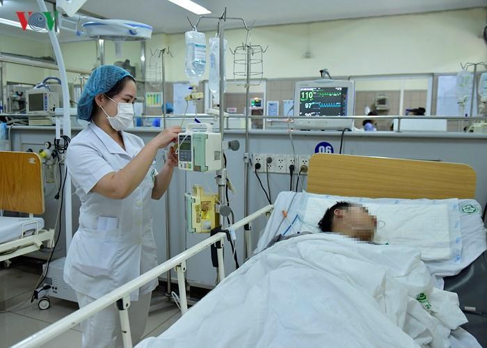 Vụ 7 người chết tại lễ hội âm nhạc: Còn bệnh nhân phải thở bằng máy-3
