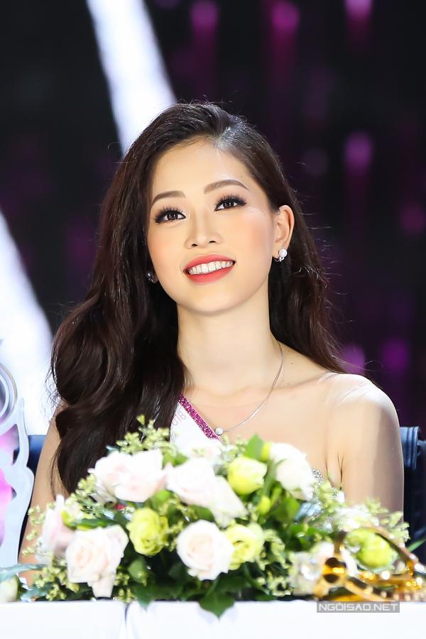 Á hậu Bùi Phương Nga và nam diễn viên Bình An nói gì về loạt bằng chứng cả hai đang hẹn hò?-4
