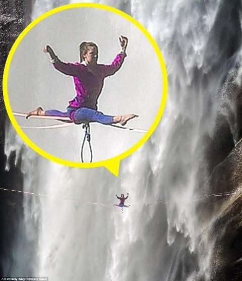 Hết hồn nhìn nghệ sĩ yoga biểu diễn trên dây vắt ngang thác nước-5