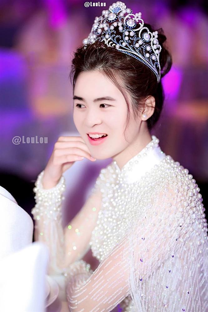 Loạt ảnh chế U23 Việt Nam - ai sẽ đăng quang nếu thi hoa hậu?-11