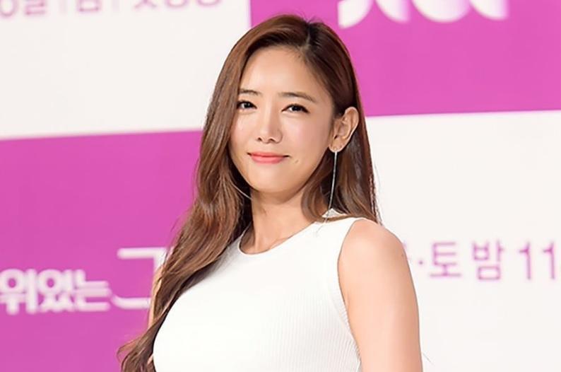 Park Shin Hye rạng rỡ đến ủng hộ người tình Hyun Bin-4