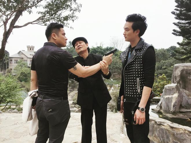 PHÁT HIỆN QUÁ HÀI: Phải có bảo bối này, cặp đôi oan gia Cảnh - Cấn mới mong đối phó với dàn cave Quỳnh Búp Bê-2