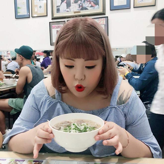 Thánh ăn Yang Soo Bin vừa đến Sài Gòn, hào hứng khoe ảnh ăn phở-1
