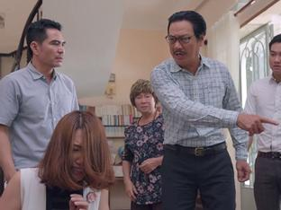 'Gạo nếp gạo tẻ' tập 59: Con gái bị bố tát nảy đom đóm mắt vì dám hỗn láo với mẹ đẻ