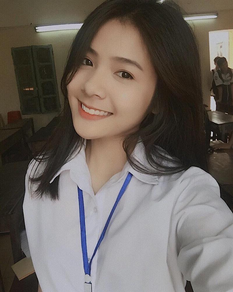 4 cô gái bằng tuổi Hoa hậu Trần Tiểu Vy xinh đẹp và nổi bật-4