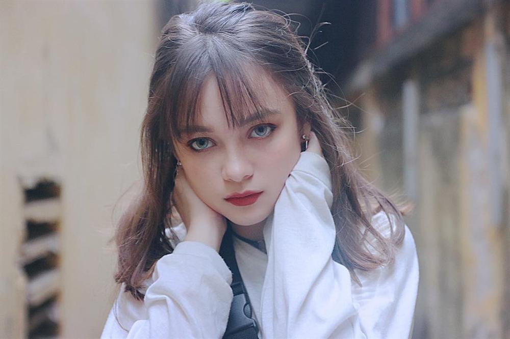 4 cô gái bằng tuổi Hoa hậu Trần Tiểu Vy xinh đẹp và nổi bật-11
