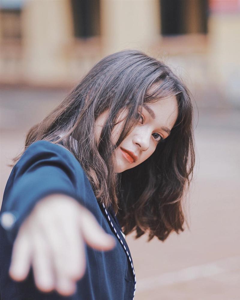 4 cô gái bằng tuổi Hoa hậu Trần Tiểu Vy xinh đẹp và nổi bật-12