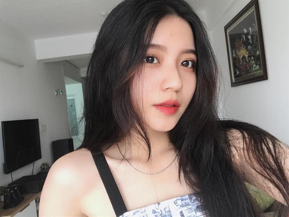 4 cô gái bằng tuổi Hoa hậu Trần Tiểu Vy xinh đẹp và nổi bật-15