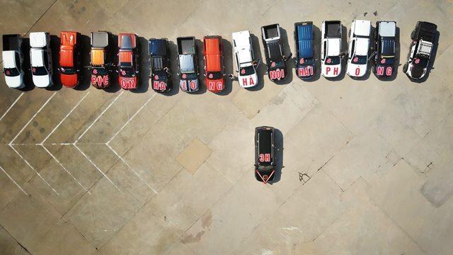 Choáng ngợp trước dàn siêu xe trong lễ ăn hỏi của cặp trai Quảng Ninh, gái Hải Phòng-2