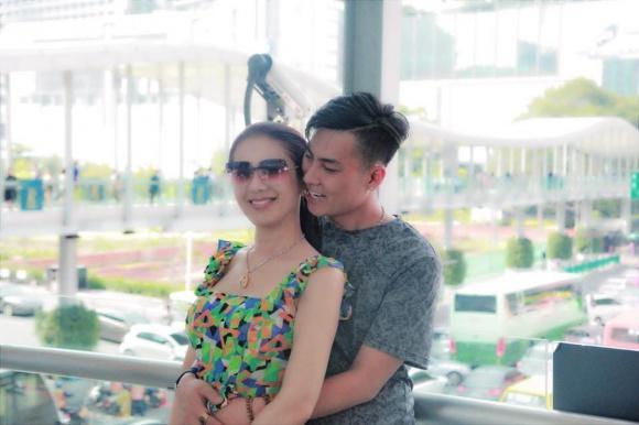 Gia đình chồng tháp tùng Lâm Khánh Chi sang Thái Lan, sẵn sàng cho việc sinh con như đã hứa