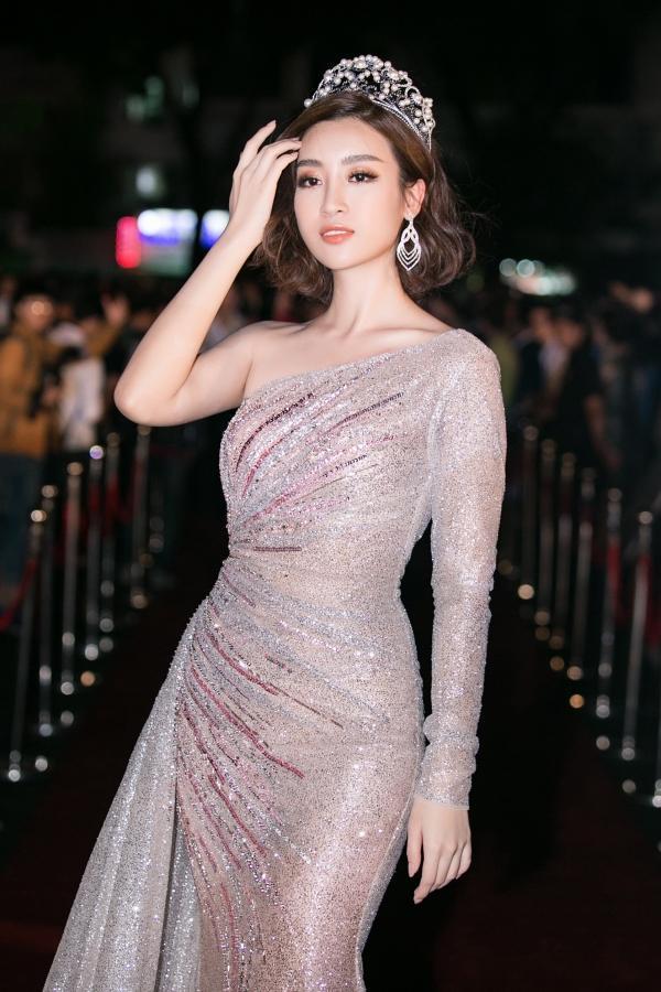 SAO MAKE OVER: Phi Thanh Vân xuống cấp gương mặt - An Nguy đẹp xuất sắc sau lời tuyên bố tình yêu-8