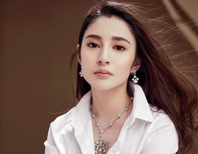 Rộ tin Trương Hinh Dư vào vai Hạ Tử Vy, fans Hoàn Châu Cách Cách cật lực phản đối-8
