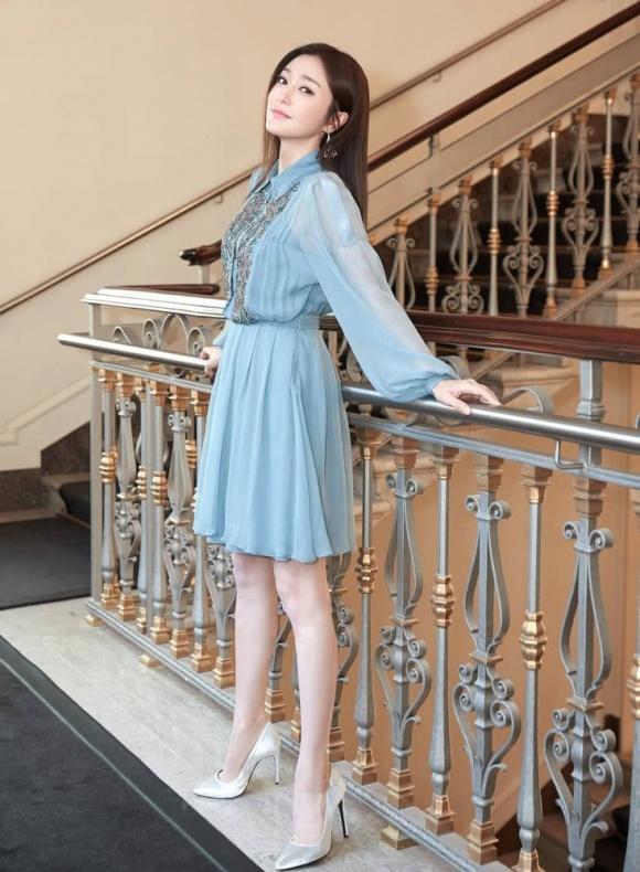 Cặp đối thủ Phú Sát hoàng hậu Tần Lam - Đổng Khiết đọ sắc bất phân thắng bại tại Tuần lễ thời trang Milan-2